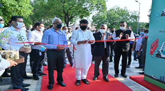 India's first public EV-Charging-Plaza inaugurated